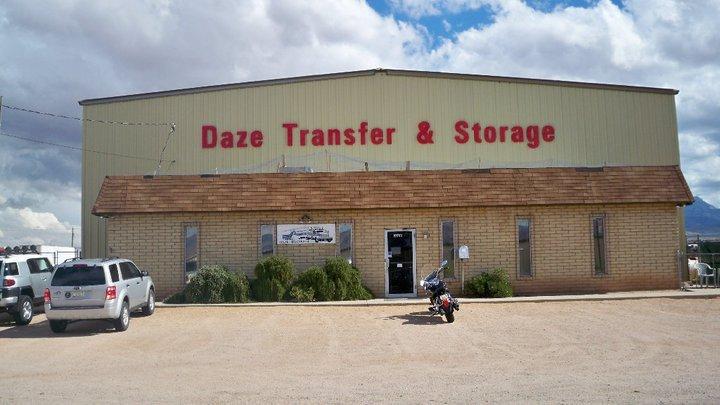 Daze Transfer & Storage Inc logo