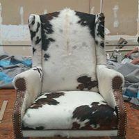 Universal Upholstery logo