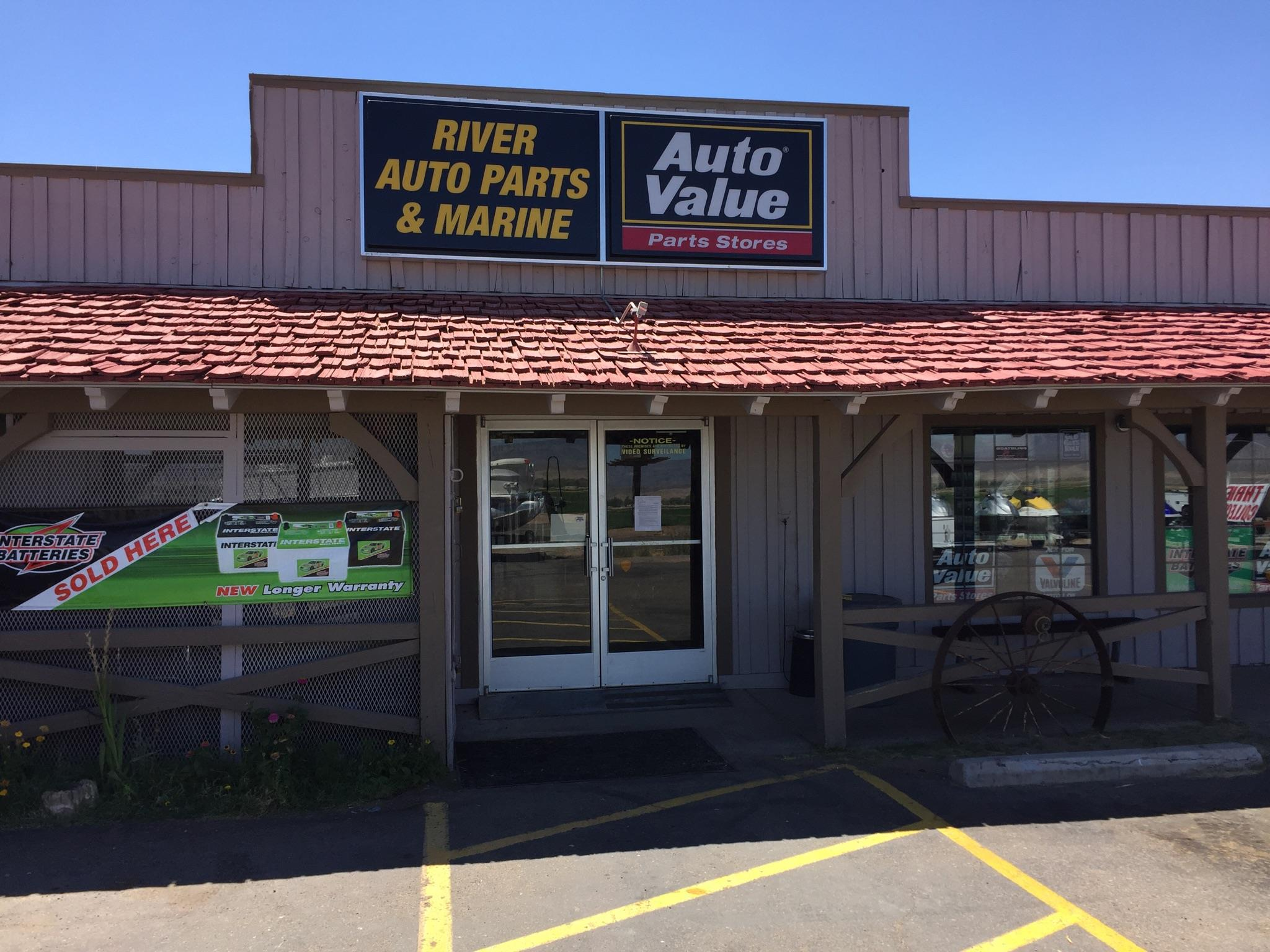 River Auto Parts & Marine logo